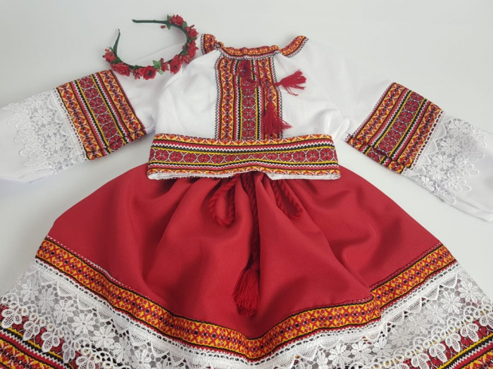 Compleu traditional fetita Adela 0