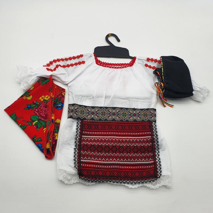 Costum traditional fetita - Palton/Rochita/Fota/Batic si Botosei 1