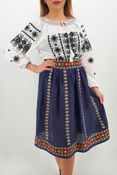 Fusta stilizata cu motive traditionale Ioana 0