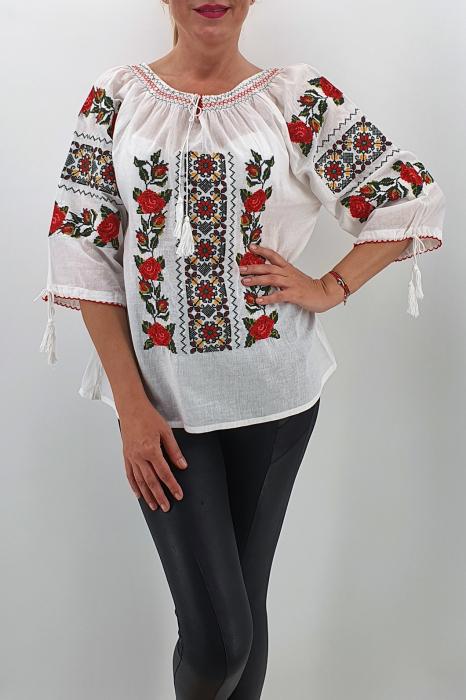 Ie Traditionala Amira 0