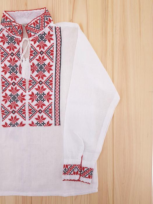 Ie traditionala Baieti Mihai 1