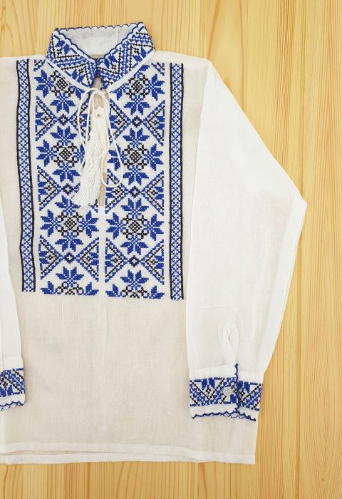 Ie traditionala Baieti Mihai 2 1