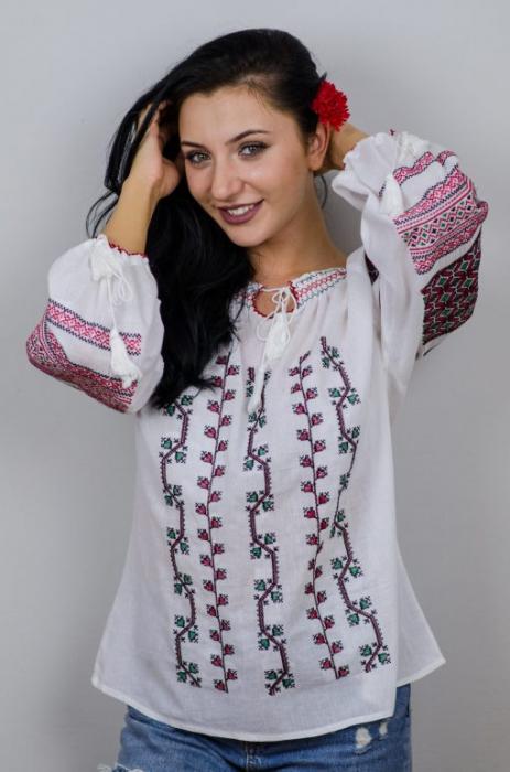 Ie Traditionala Iulia