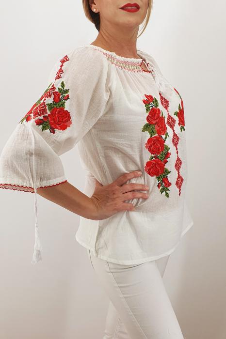 Ie Traditionala Trandafira 6 2
