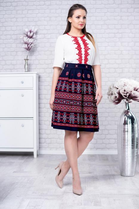 Rochie cu motive traditionale Tatiana 0