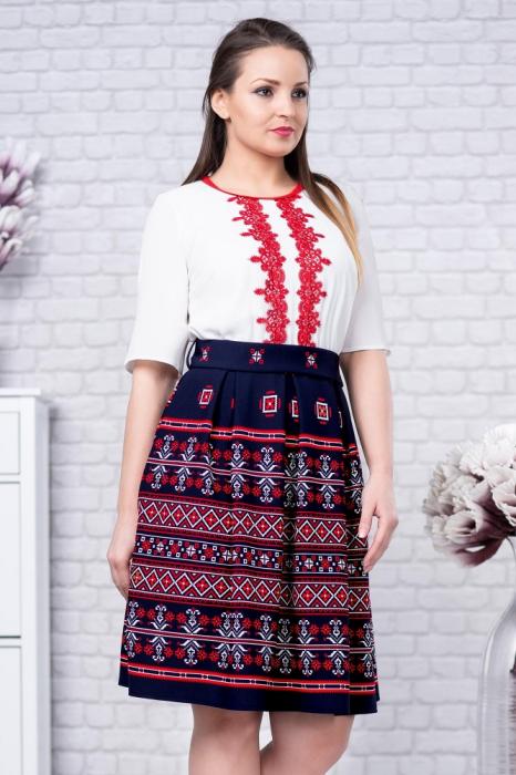 Rochie cu motive traditionale Tatiana 1