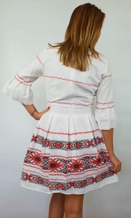 Rochie stilizata cu motive traditionale Nicoleta 3 3