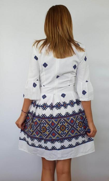 Rochie stilizata cu motive traditionale Nicoleta 4 3