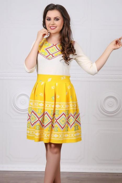Rochie Stilizata cu Motive Traditionale Sorana 5 0