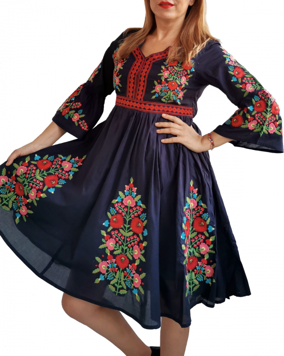 Rochie Traditionala Fiorela [3]