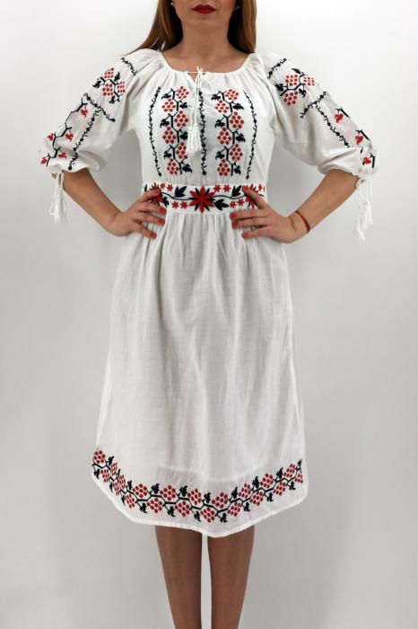 Rochie Traditionala Alida 2 1