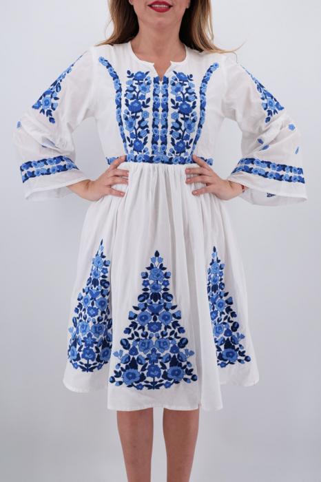 Rochie Traditionala Antoaneta 3 [1]
