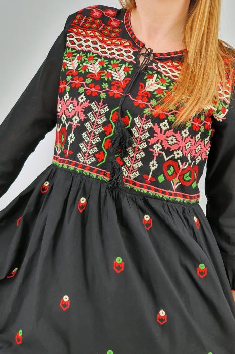 Rochie Traditionala Edera [3]