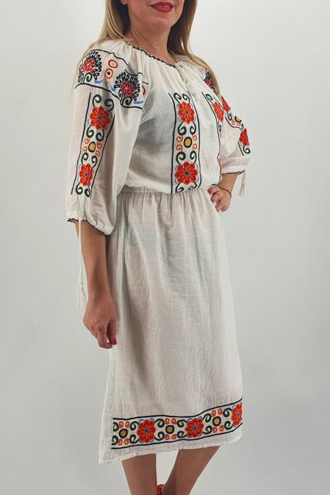 Rochie Traditionala Corinuta 4 1