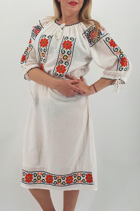 Rochie Traditionala Corinuta 4 0