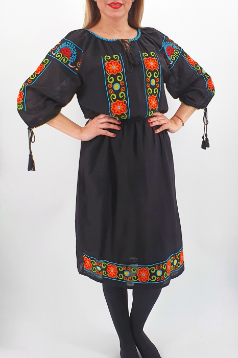 Rochie Traditionala Corinuta 2 1
