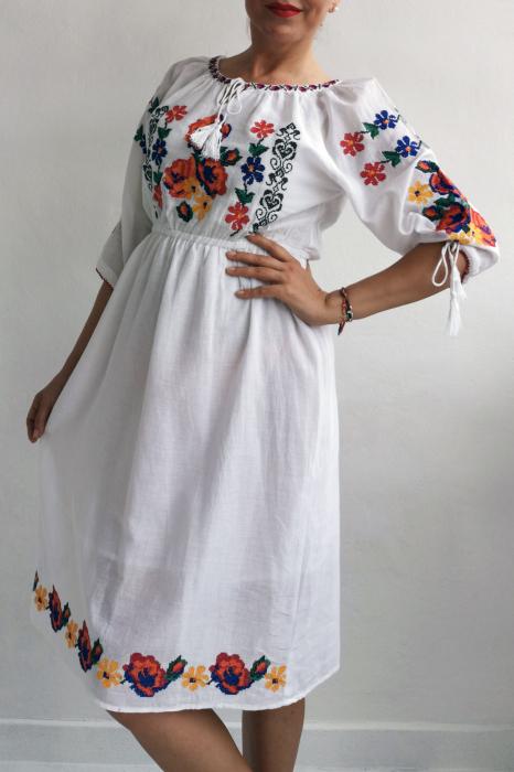 Rochie Traditionala Melina 2