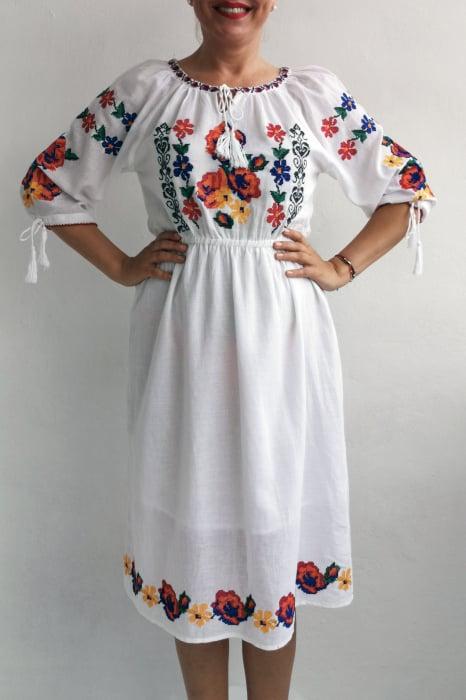 Rochie Traditionala Melina 1