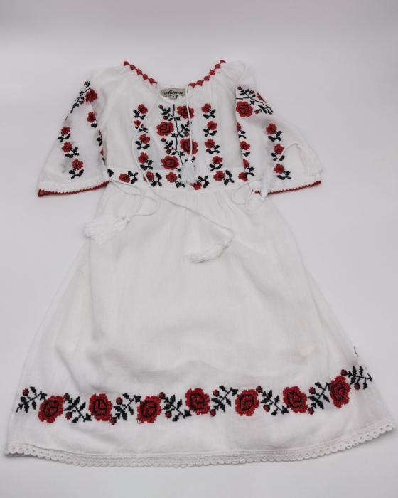 Rochie traditionala fetite Ina [0]