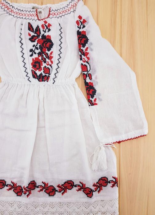 Rochie traditionala Fetita Alina