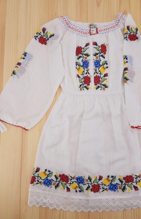 Rochie traditionala Fetita Ana 0