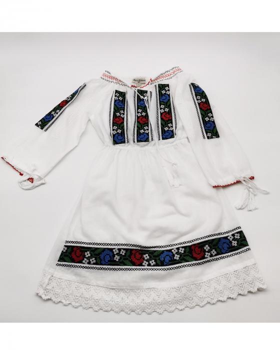 Rochie traditionala fetite Osana