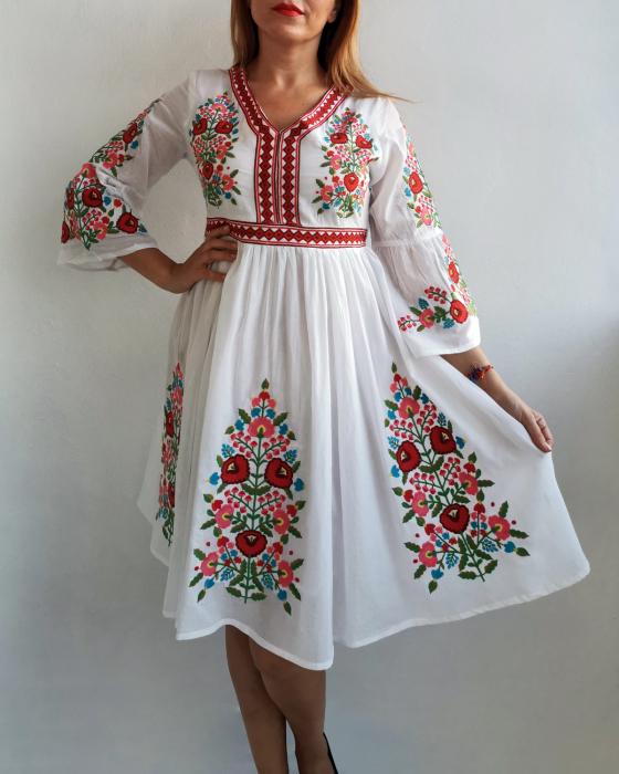 Rochie Traditionala Fiorela 3 2