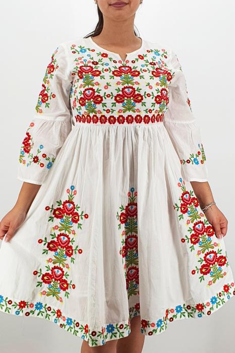 Rochie Traditionala Fiorela 10 1