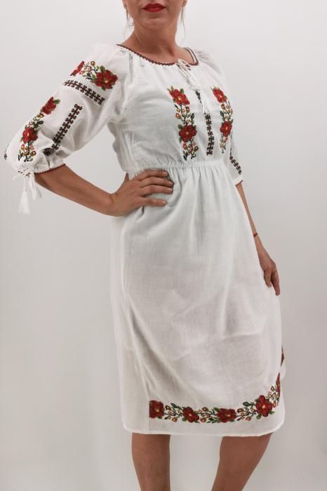 Rochie Traditionala Marieta 3