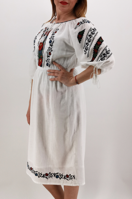 Rochie Traditionala Catrinel 2