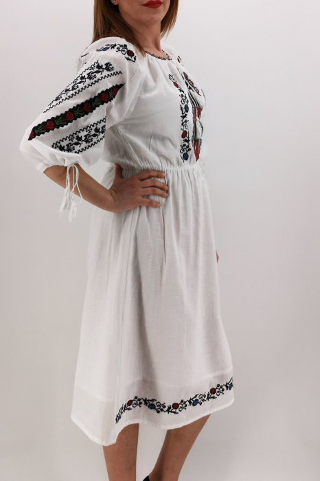 Rochie Traditionala Catrinel 1