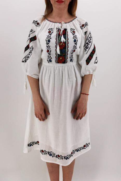 Rochie Traditionala Catrinel 3