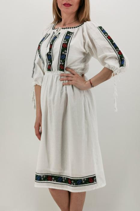 Rochie Traditionala Iasmina 1