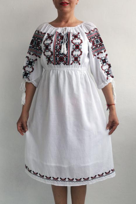 Rochie Traditionala Eleonor 3