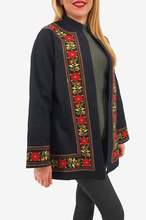 Sacou/Pardesiu brodat cu motive traditionale 3 1