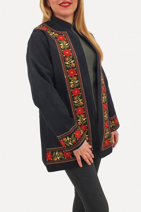 Sacou/Pardesiu brodat cu motive traditionale 3 2