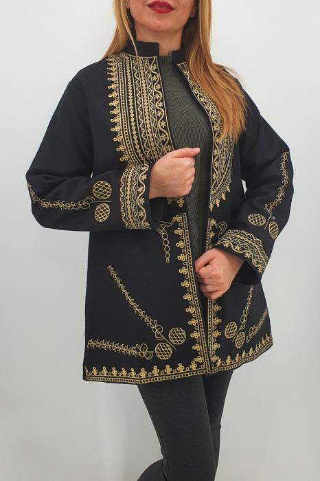 Sacou/Pardesiu brodat cu motive traditionale 4