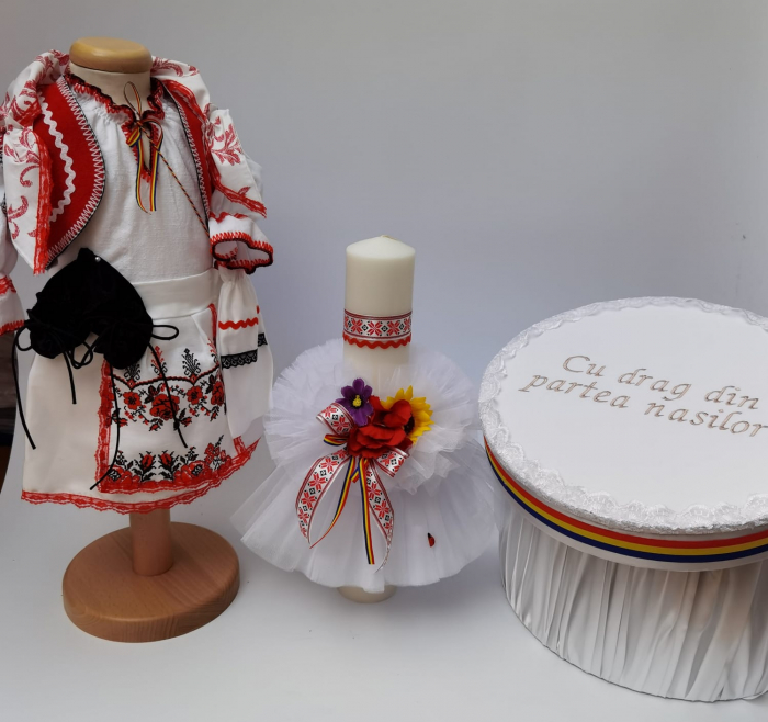 Set Traditional Botez - Costumas fetita/Cutie pentru trusou/Lumanare 3 0