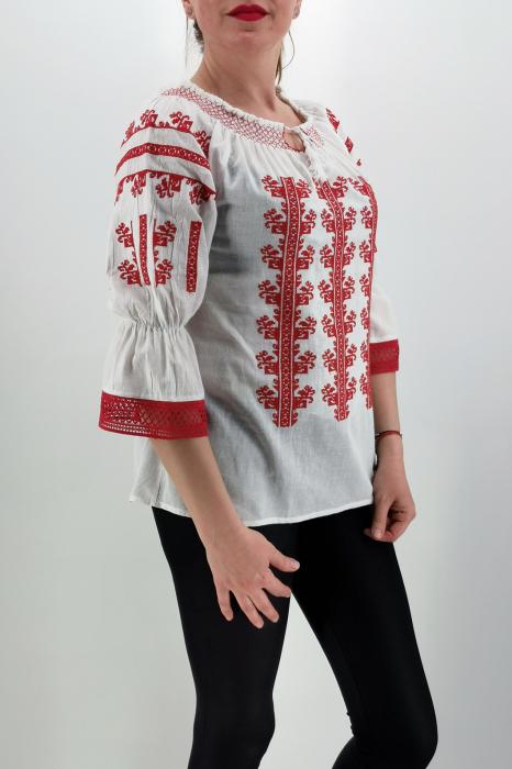 Set Traditional / IE Mama / IE fiica Corina 2
