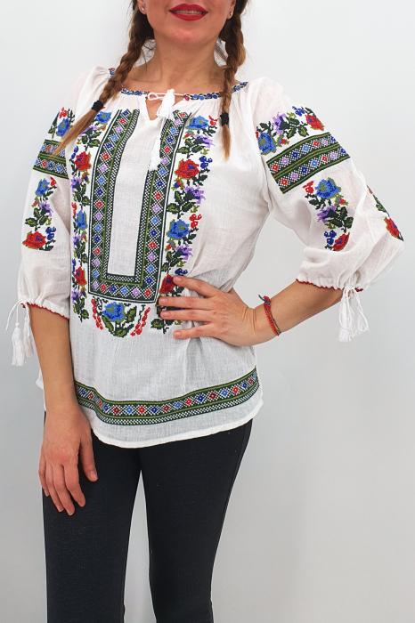 Set Traditional / IE Mama / IE fiica Ianina 1