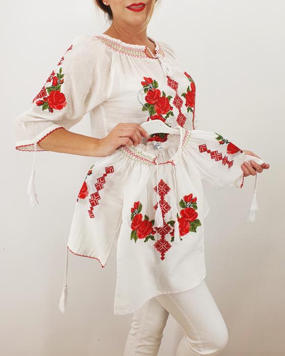 Set Traditional / IE Mama / IE fiica Trandafira 2 1