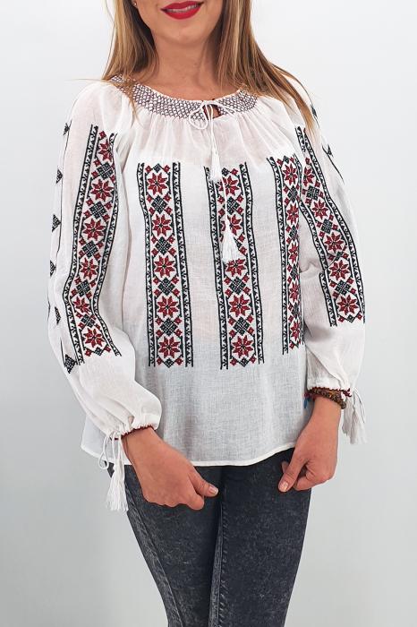 Set Traditional Mama/Tata/fiica/fiu Dumitru 1