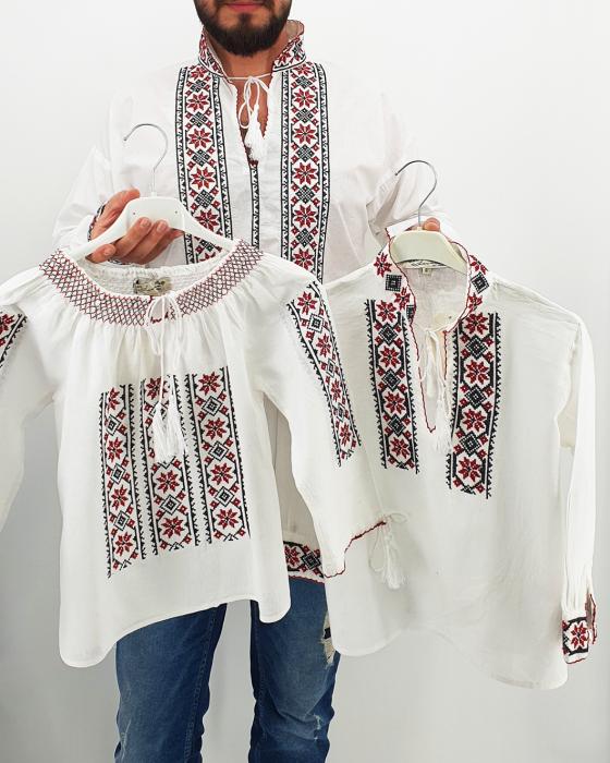 Set Traditional Mama/Tata/fiica/fiu Dumitru 0