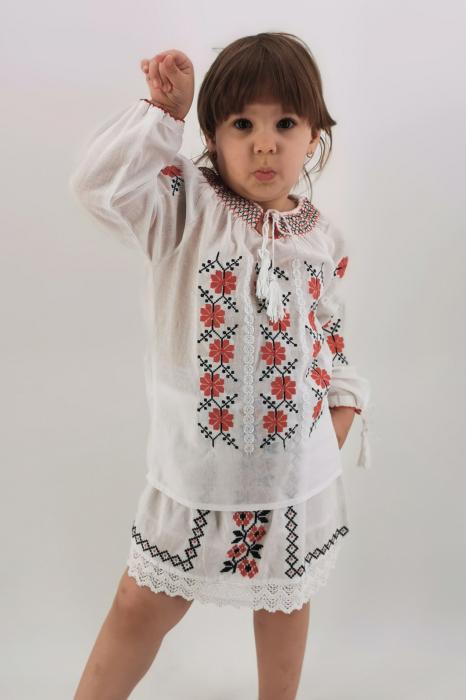Set Traditional / IE Mama / IE fiica Mioara 3
