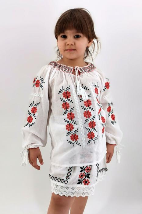 Set Traditional / IE Mama / IE fiica Mioara 1