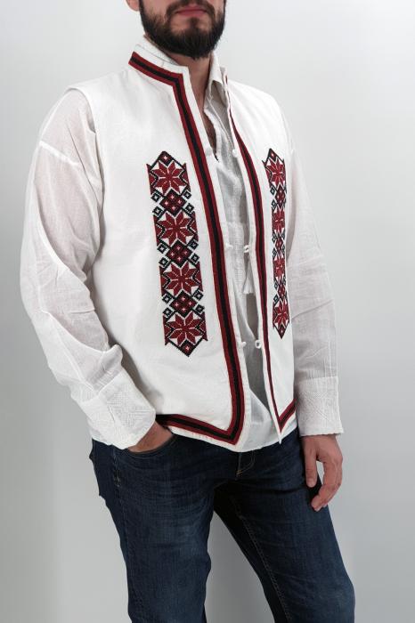 Vesta brodata Sergiu 4