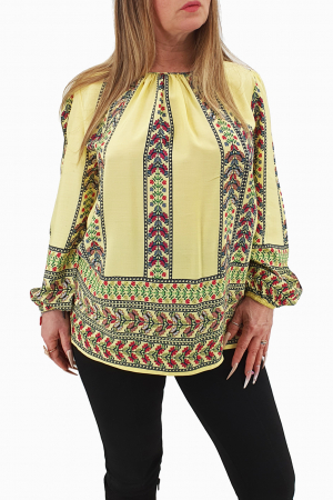 Bluza stilizata cu motive traditionale0