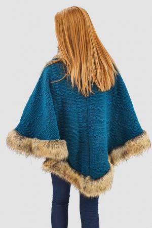 Poncho din lana cu blana2