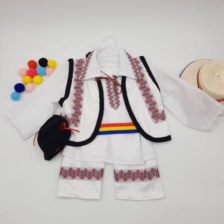 Compleu traditional baietel Adan0