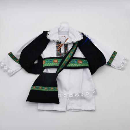 Compleu traditional baietel Costel1